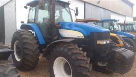 Trator New Holland TM 7040