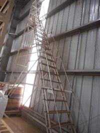 Escada 18 Degraus +/- 6 metros - Lote 31  #3373