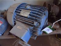 Motor Elétrico de Indução Bufalo - #910
