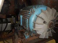 Cutter para Carne com Capacidade para 300 litros - 150 CV e Produção de 2800 Kg/h - #578