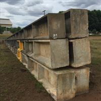 06 Postes de concreto, med. 15 m, - #2695