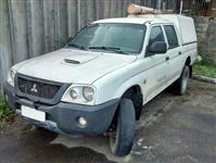 Caminhonete Mitsubishi L200 GL 4x4 2011/2012 - #3459
