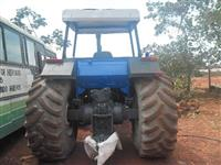 Trator New Holland 4x4 ano 97