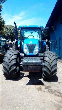 Trator New Holland T 7060 4x4 ano 10