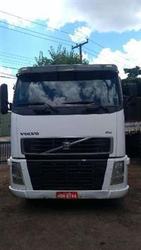 Caminhão Volvo FH520 ano 07