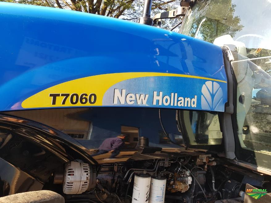Trator New Holland T 7060 4x4 ano 12