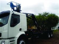 Pulverizado Jacto/Condor 600 litros, manual
