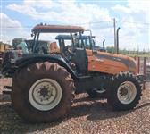 Trator Valtra/Valmet BM 125 4x2 ano 12
