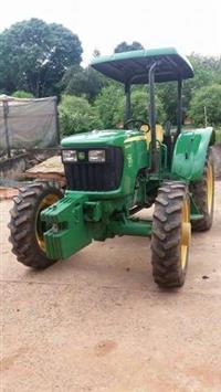 Trator John Deere 5055 4x4 ano 13