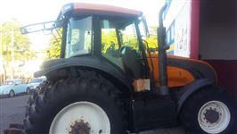 Trator Valtra/Valmet BT 210 4x4 ano 13