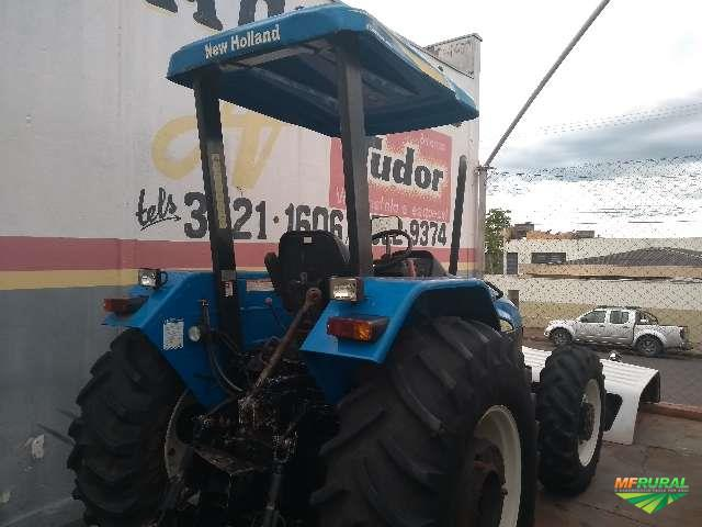 Trator New Holland TL 75 E 4x2 ano 13