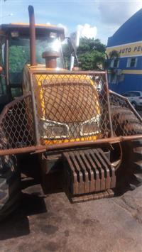Trator Valtra/Valmet BH 165 4x4 ano 08