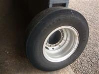 Pneus Pirelli FR 85 1000/20