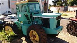 Trator John Deere 7520 4x4 ano 75