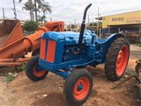 Trator Outros Ford 4x2 ano 60