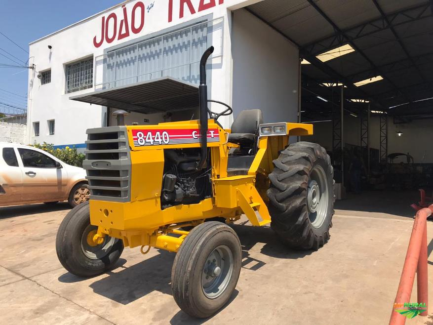 Trator Cbt 8440 4x2 ano 86