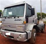 Caminhão Ford 4432 ano 07