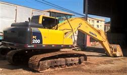 Escavadeira Komatsu PC200 Motor, embuchamento e rodante novos