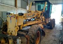 MOTONIVELADORA NEW HOLLAND RG170 ANO 2010, COM APENAS 4600 HORAS