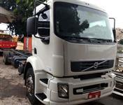 Caminhão Volvo VM270 ano 12