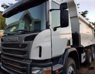 Caminhão Scania P 360 ano 12