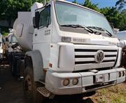 Caminhão Volkswagen (VW) 26.260 6X4 WORKER ano 10