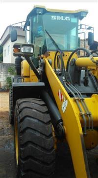 PÁ CARREGADEIRA SDLG LG938L 2011/2012, COM 11700 HORAS TRABALHADAS, OPERACIONAL