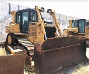 TRATOR DE ESTEIRAS CATERPILLAR D6T XL ANO 2011 COM APENAS 7.700 HORAS TRABALHADAS, CABINE FECHADA C