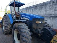 Trator New Holland TM 150 4x4 ano 05