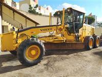 MOTONIVELADORA VOLVO MODELO G940 ANO DE FABRICAÇÃO 2009, APENAS 7.000 HORAS