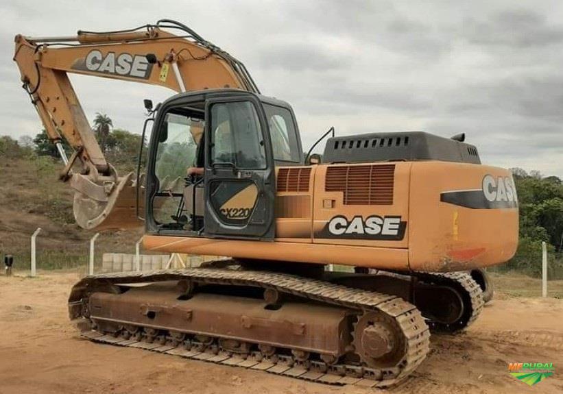ESCAVADEIRA CASE CX220 B ANO 2011, DE ÚNICO DONO, NF DE ORIGEM, TOTALMENTE OPERACIONAL, TRABALHANDO