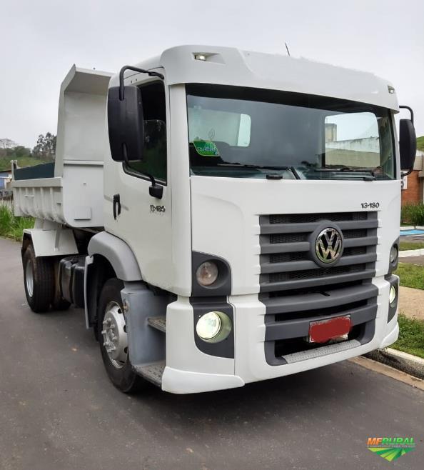 Caminhão Volkswagen (VW) 13.180 CONSTELLATION ano 10