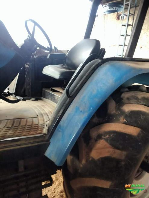 Trator New Holland TM 135 4x4 ano 13