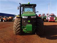 Trator John Deere 8260R 4x4 ano 12