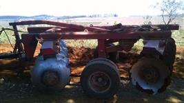 Trator  Massey Ferguson 680 Advanced 4x4 08