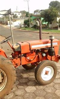Trator Agrale 4200 4x4 ano 82