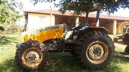 Trator Valtra/Valmet A 750 4x4 ano 12