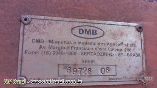 CULTIVADOR DE CANA AGRÍCOLA DMB ANO 2006, EM ÓTIMO ESTADO DE CONSERVAÇÃO !