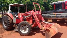 Trator Outros Massey Ferguson 4x4 ano 06