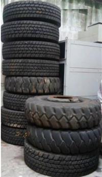 Pneu 1400-24 / Michelin / 28 a 36 Llonaspara - uso em guindastes, colheitadeiras´ Motoniveladora etc