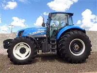 Trator New Holland T 7060