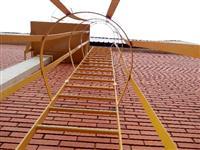Escadas Marinheiro com linha de vida vertical (10m altura)