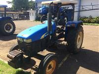 Trator Outros New Holland 4x2 ano 09