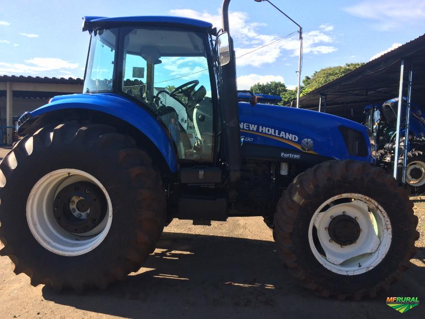 Trator Outros New Holland 4x2 ano 17