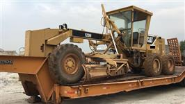 MOTONIVELADORA CAT 120H ANO 2008.