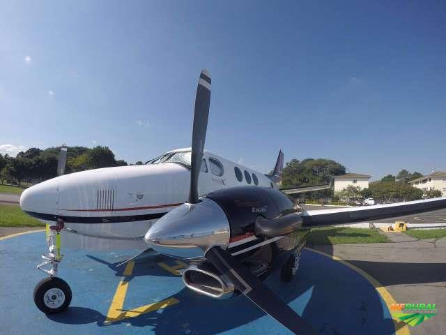 Aeronaves King Air 250