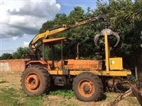 Trator Valmet 118 Florestal - Grua - Munck - 2015