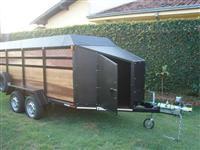 Carreta para transportar Ovinos com 1,50m de largura com 4,50m de comprimento de carroceria.