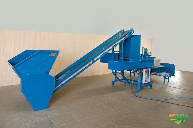 Maquina ensacadora de Silagem de Milho, em sacos de 25kg