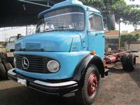 Caminhão Mercedes Benz (MB) 1113 ano 70